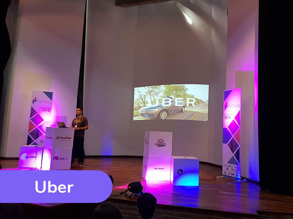 Nemanja Djuric de Uber en el evento Pydata